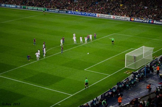 Messi ketika siap-siap mengambil pinalti